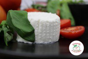 Ricotta di bufala campana: nutriente e buona, a pranzo, a cena e a merenda
